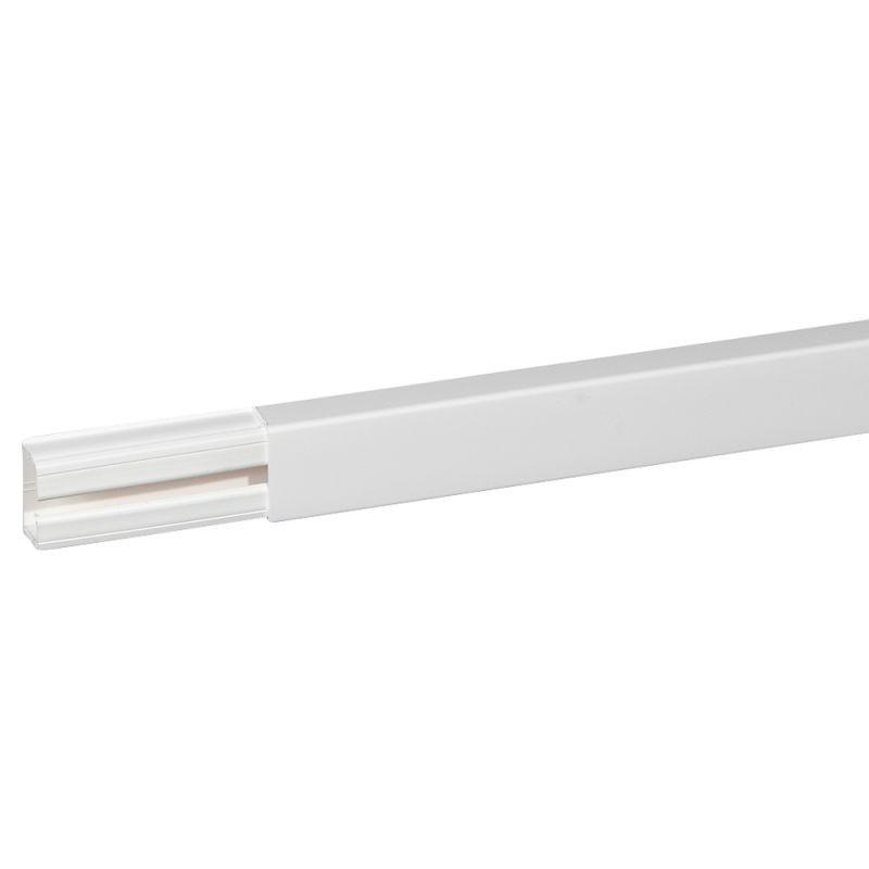 Кабель-канал 1-секц. 40х20 L2100 пластик DLPlus без перегородки бел. Leg 030027