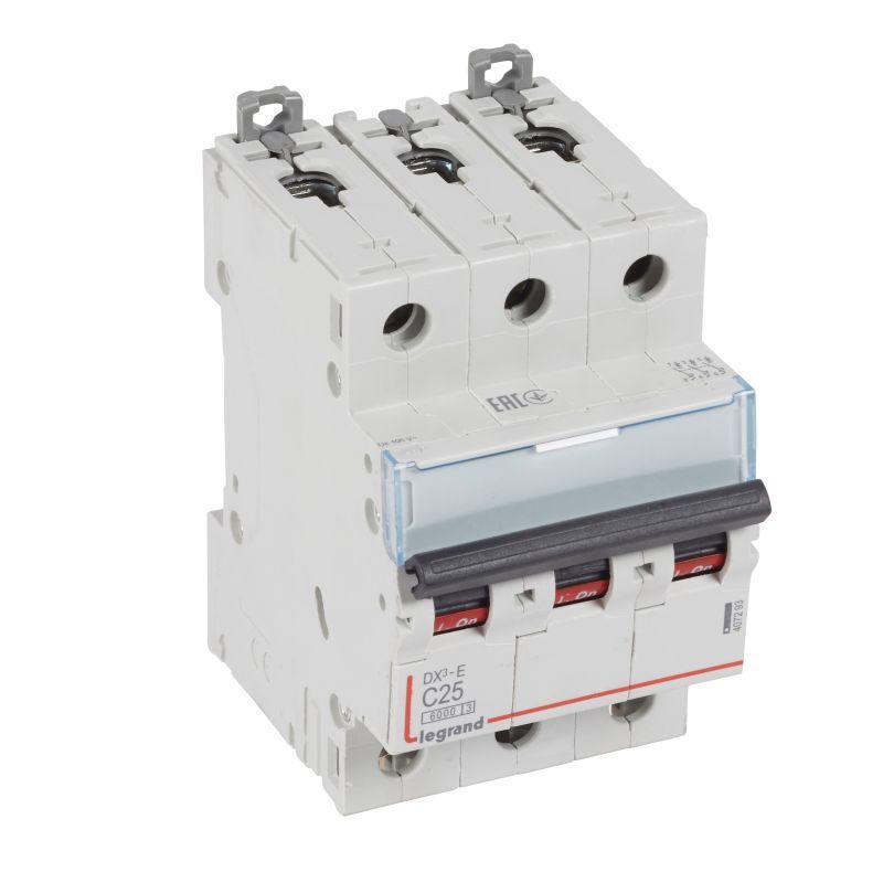 Выключатель автоматический модульный 3п C 25А 6кА DX3-E 6000 3мод. 230/400В Leg 407293